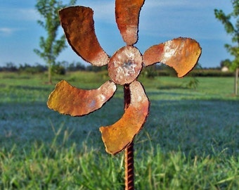 Pinwheel flower stake - Orange metal decor - Steel flower art - Garden flower decor - Orange flower blossom - Utility marker