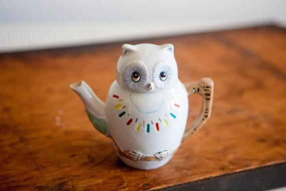 1950s Porcelain Vintage Owl Teapot