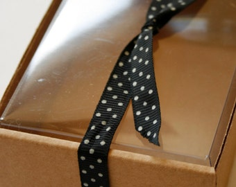"""Heavy Kraft Cardboard Boxes set of 100 - Clear Top - Perfect Size for Gifts or Packaging -  6 1/2"""" x 5-5/8"""" x 2-1/8""""- Medium"""