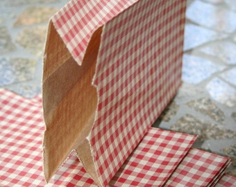 Set of 200 - Red Gingham Flat Bottom Paper Merchandise or Lunch Bags - 4.25 x 2.375 x 8.18 Inches - Gifts, Packaging, Retail