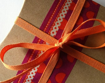 DIY Brown Medium Size Kraft Pillow Boxes - set of 30 - Perfect for Embellishing with Deco Tapes - 4 1/2 x 4 1/2 x 1 1/2 Inches