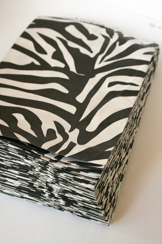 Set of 25 - Traditional Sweet Shop Zebra Print Paper Bags - 7 x 9