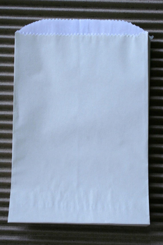 Cream Glassine Lined Paper Gourmet Bakery Bags - 4 3/4 x 6 3/4 Inches - set of 100