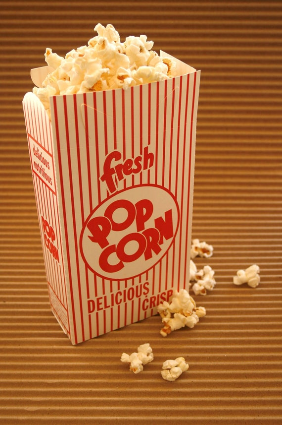 10 Scoop Popcorn Boxes - Closed Tops - Retro Design Red White