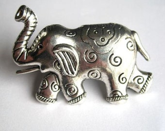 Drawer Knob, cabinet pull Elephant with swirls in Silver Metal (MK134)