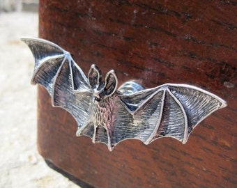Bat drawer knob in Silver Metal (MK120)