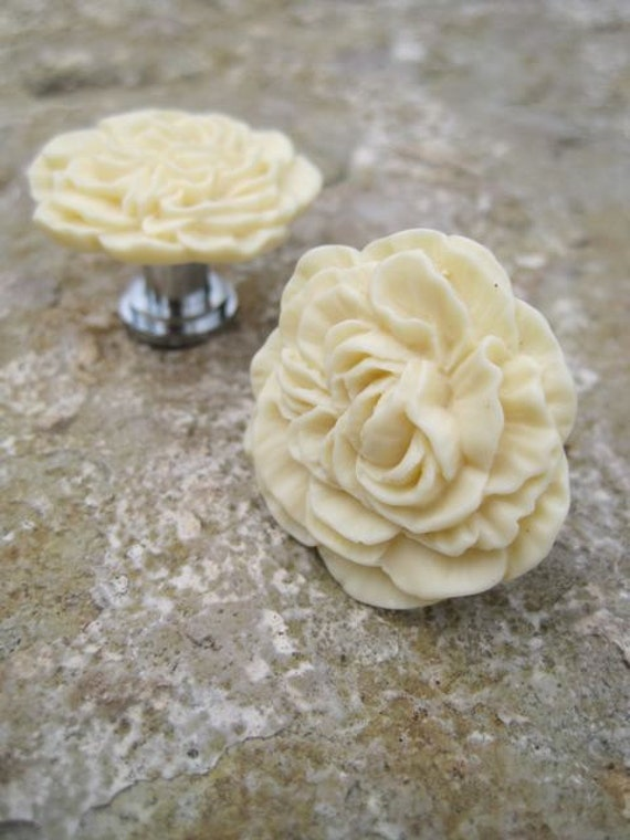 Drawer Knobs Peony Flower in Butter Yellow, more COLORS available (RFK02)