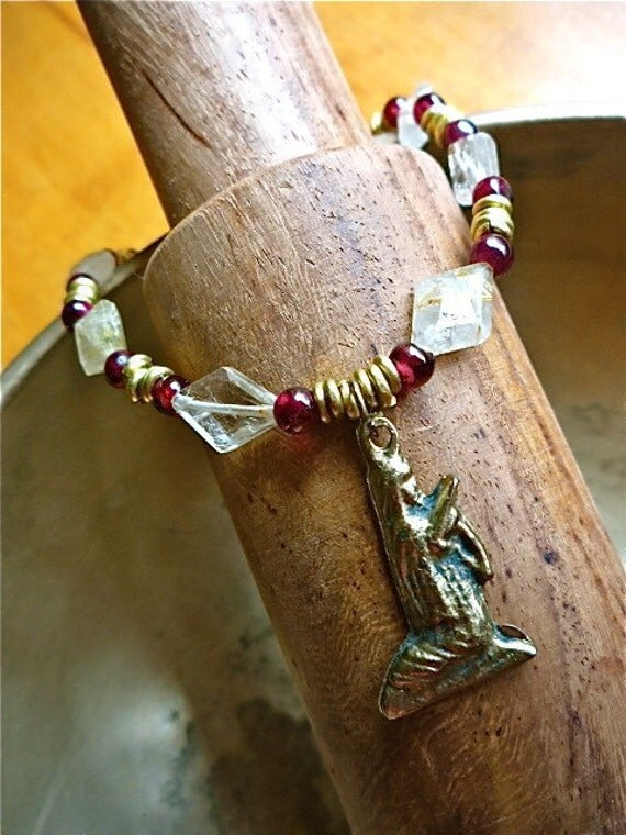 Milagro Anklet in Garnet and Quartz with Brass Madonna
