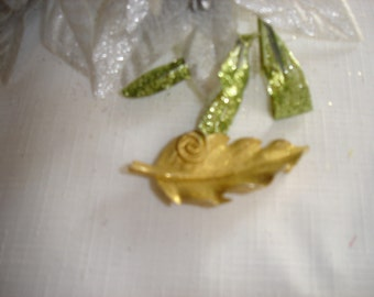 Goldtone Leaf