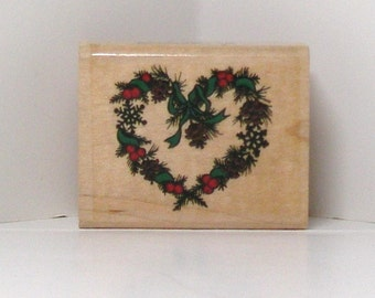 Small HOLIDAY HEART WREATH Rubber Stamp holly snowflakes pine cones