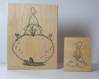 INSIDE OUT Small Chicken on Large Egg Rubber Stamp Set