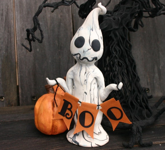 Halloween Ghost with Boo Garland No. 36