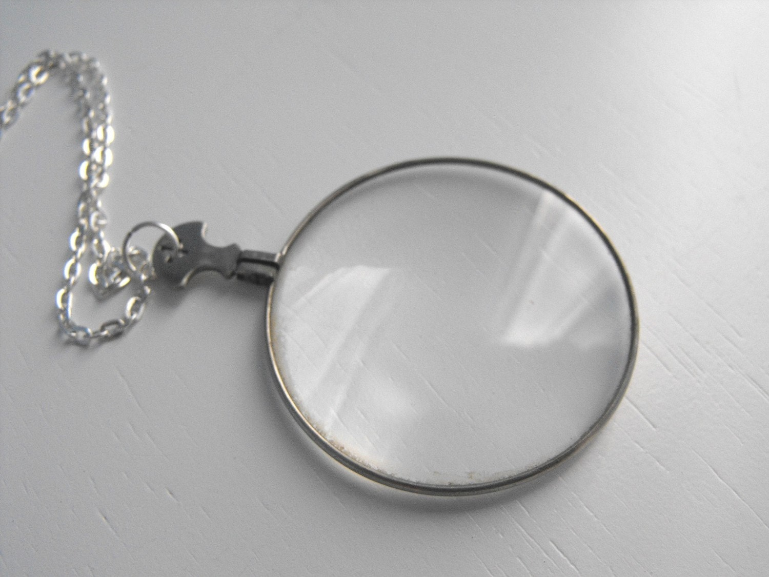 Vinatage Glass Monocle Necklace With Silver Chain