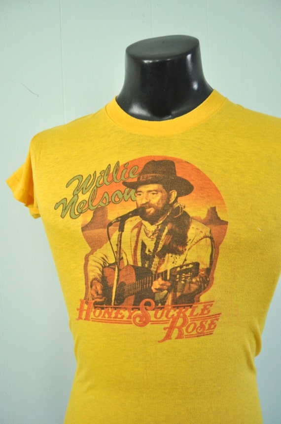 1980 Willie Nelson Tee Honeysuckle Rose Movie 80s Tee Country Singer Goldenrod Yellow Gold Super Soft n Thin SMALL