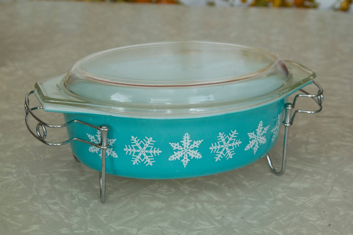 blue snowflake pyrex casserole dish with lid and by lilymayfield. Black Bedroom Furniture Sets. Home Design Ideas