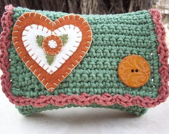 HALF PRICE CLEARANCE  ~  Crocheted Purse  ~  Camo Green and Paprika with Heart Crocheted Little Bit Purse