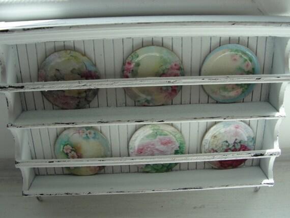 Miniature shabby chic kitchen plate rack