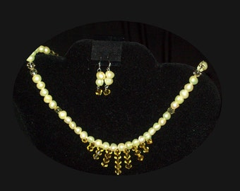 Morning Sunlight Yellow Crystal and Pearl Necklace