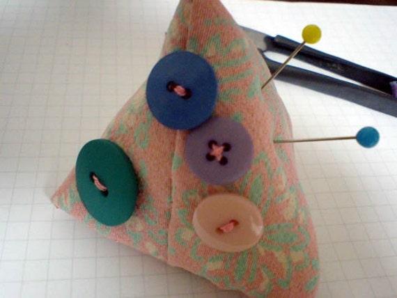 Kimono Pincushion Tetrapod Pyramid