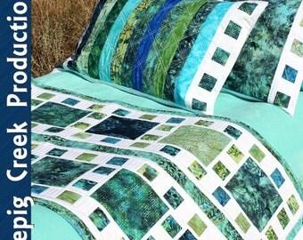 Mosaique de Mer Bed Runner & Pillow Sham Pattern