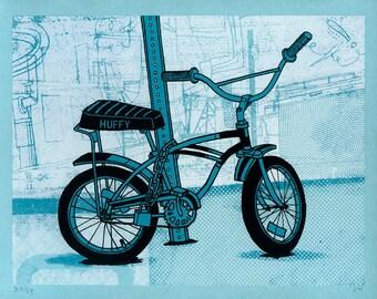 Locked Bike: Huffy