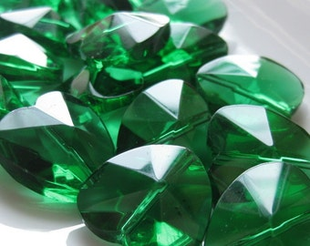 CLEARANCE SALE Emerald Green Faceted Glass Heart 18mm by 18mm 1pcs NOW 2