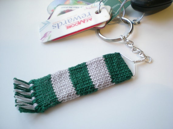 Knit Wizard Scarf Keychain - Green and Silver