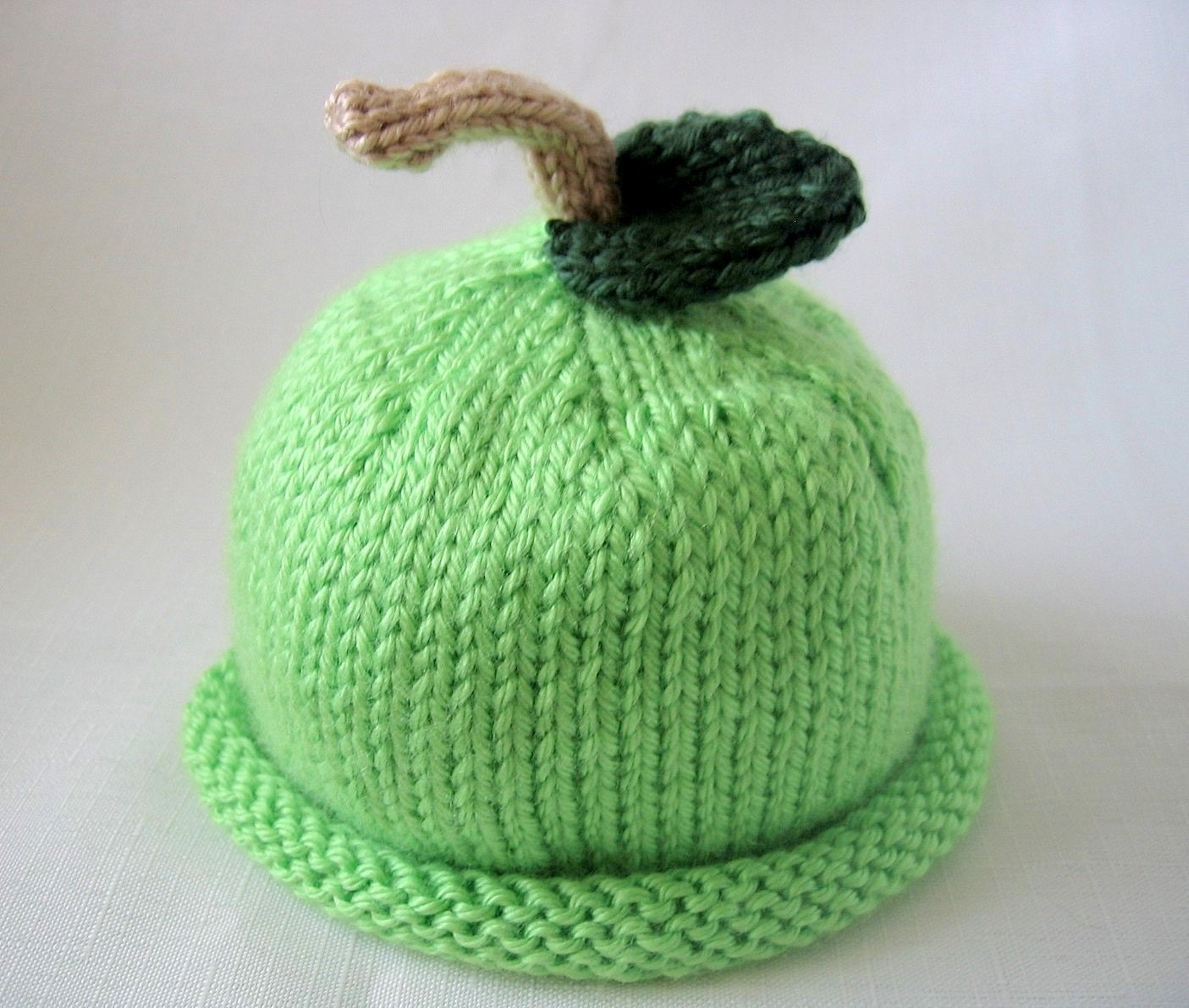 Apple Hat Knitting Pattern : ONE FUND Boston Beanies Green Apple Hat Knit Lime Baby Hat