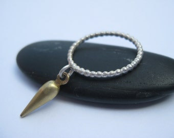 Torpedo Dangle ring