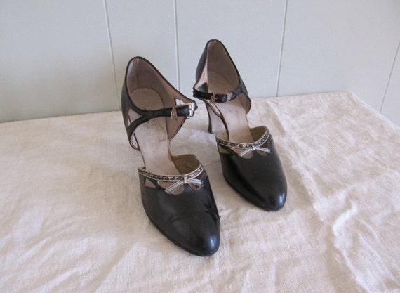 SALE vintage 1920s black leather nouveau buckled dancing shoes 6