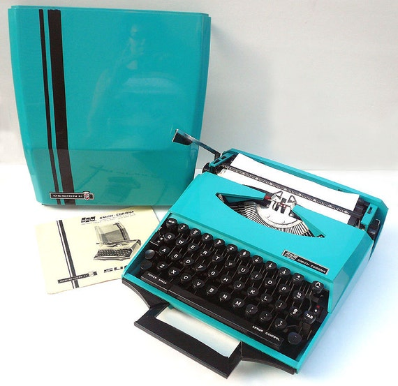 SERVICED Turquoise Ghia Manual 1970s  Typewriter with Racing Stripe Case