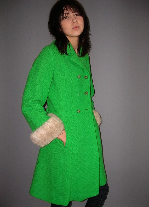 Lime green coat products are most popular in Western Europe, North America, and South Asia. You can ensure product safety by selecting from certified suppliers, including 31 with Other, 5 with ISO, and 1 with ISO certification.