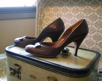 Vintage Rare late 50s early 60s Custom High MAD MEN Heels Brown Leather Art Deco Bow Pumps 1960s Betty Draper Shoes