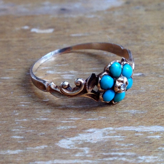 10k Victorian flower / a turquoise and diamond ring / flower design / size 8.5