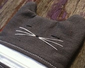 Mini kitty gadget case