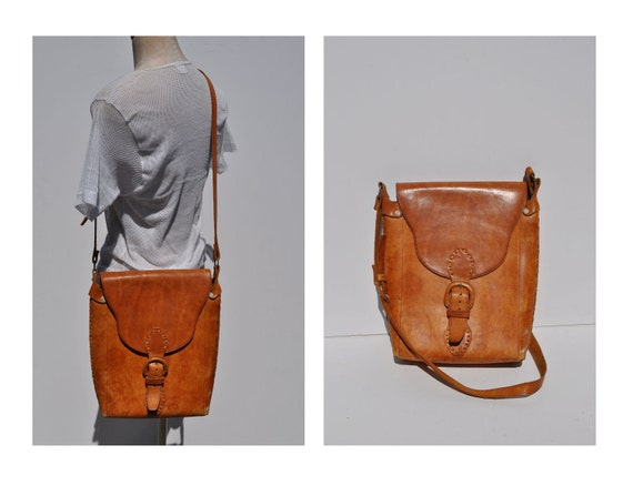 1970s vintage leather purse bag saddle bag cross body shoulder bag purse ipad case