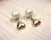 Vintage Gold Heart Pearl Earrings