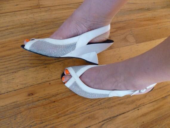 Vintage Mesh Sandal Wedge Open Toe Slingback White Leather Italian Geometric Heels Size 41