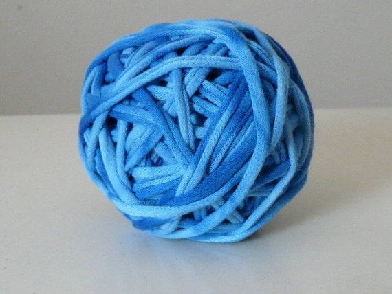 Recycled Tshirt Yarn - Blue Skies Tie Dye -  34 yds - RT591