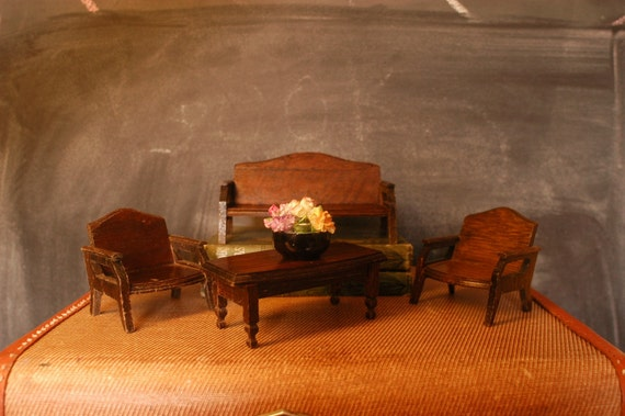 Wooden Dollhouse Couch Coffee Table and Two Side Chairs