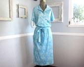 Vintage 1960s Dress // Baby Blue Floral With Pockets // Size Large