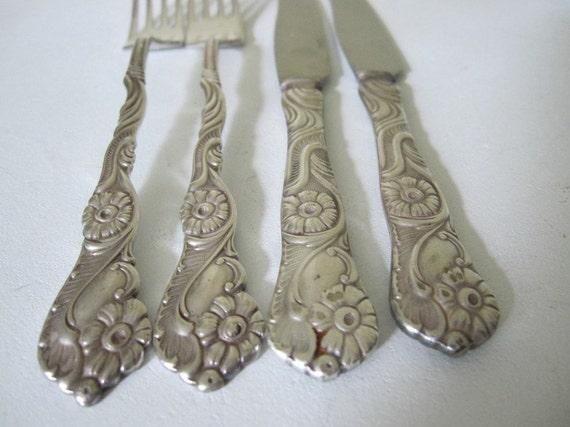 Vintage Dessert Knives 2 And Forks 2 Four Pieces Total