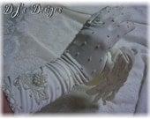 Vintage White Beaded Gloves