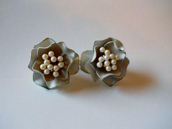Vintage Marvella Metal Rose Pearl Earrings