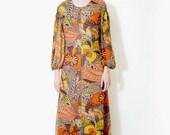 Vintage dress. 70s long psychedelic dress. size XS/S