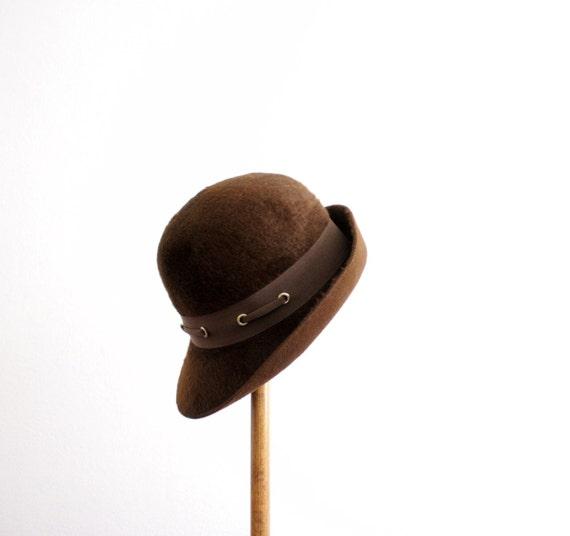 SALE Vintage hat / 40s chocolate brown