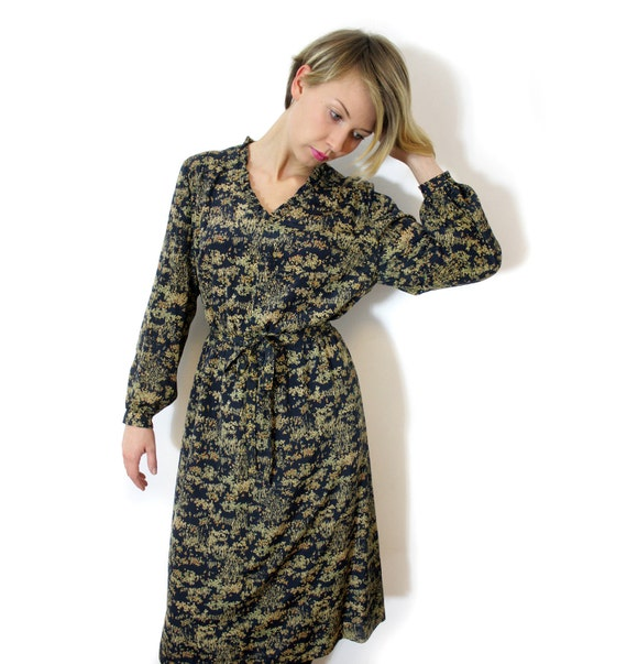 Vintage dress / navy floral long sleeve belted / size M-L
