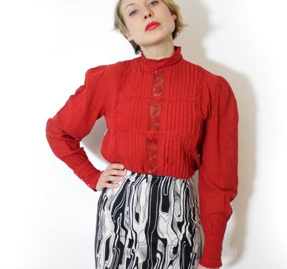 Vintage shirt. red linen victorian style lace blouse. size M