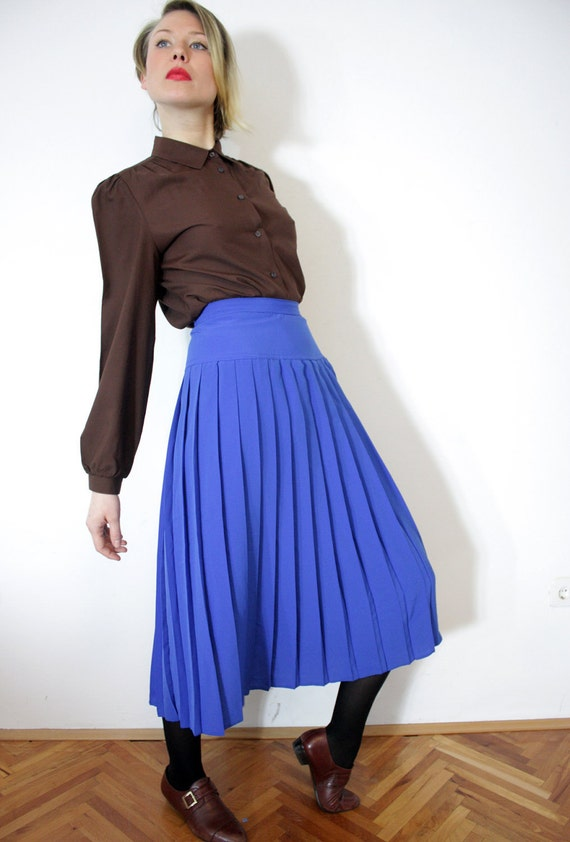 Vintage blue pleated skirt. size S