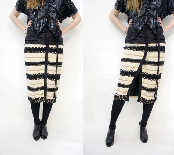 Vintage skirt / high waist linen and lace elegant skirt / size S-M